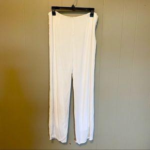 Olivaceous White Wide Leg Pants